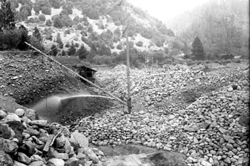 Hydraulic mine of the Salmon River (early 1900's?)